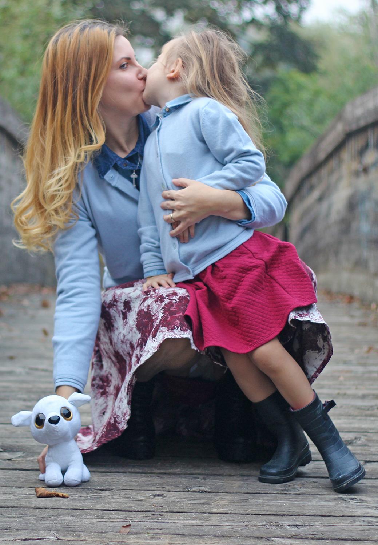 moda mamma e figlia insulta italia