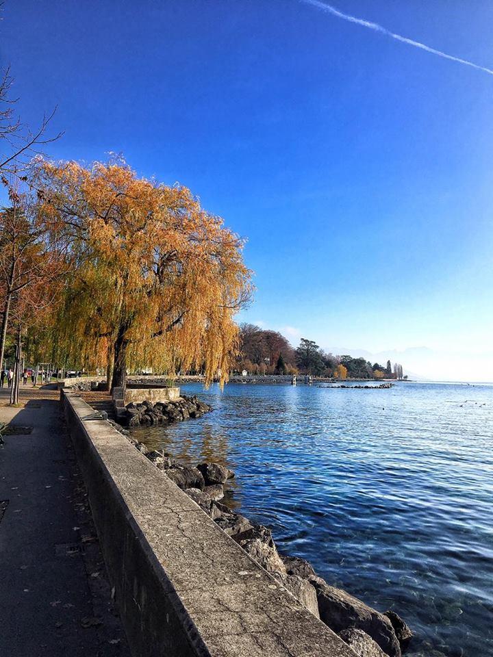 losanna lago lemano cielo blu