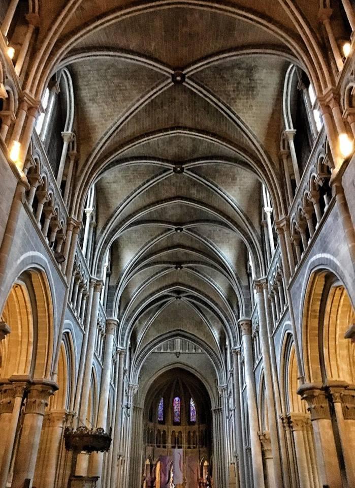 losanna interno cattedrale