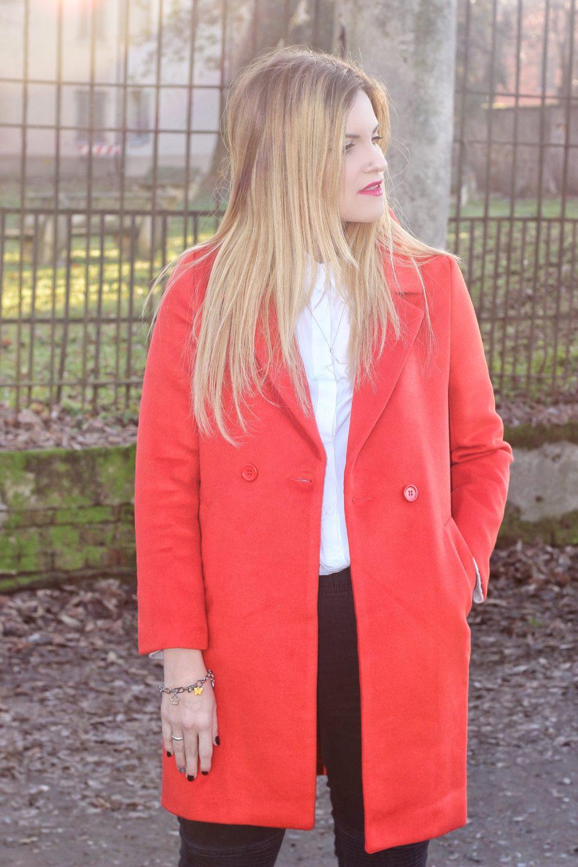 abbinare un cappotto arancione