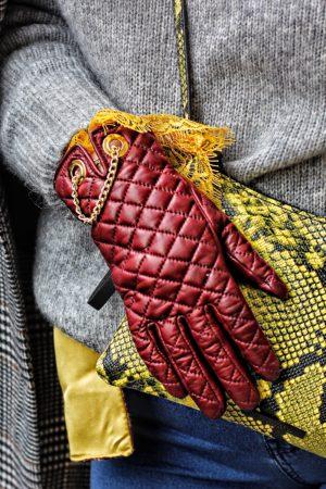 guanti in pelle burgundi matelassé Antonella Ferrante Milano