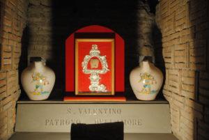 Umbria-Basilica di San Valentino-Dandy Elegance