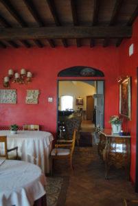 Umbria-La tenuta del gallo- Dandy Elegance