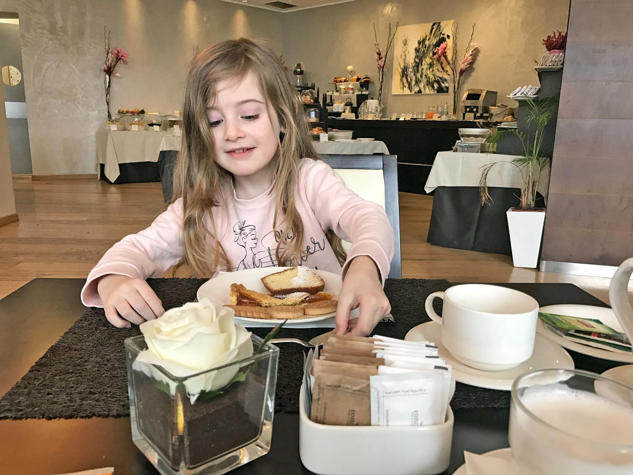 colazione the hub hotel gaia masseroni
