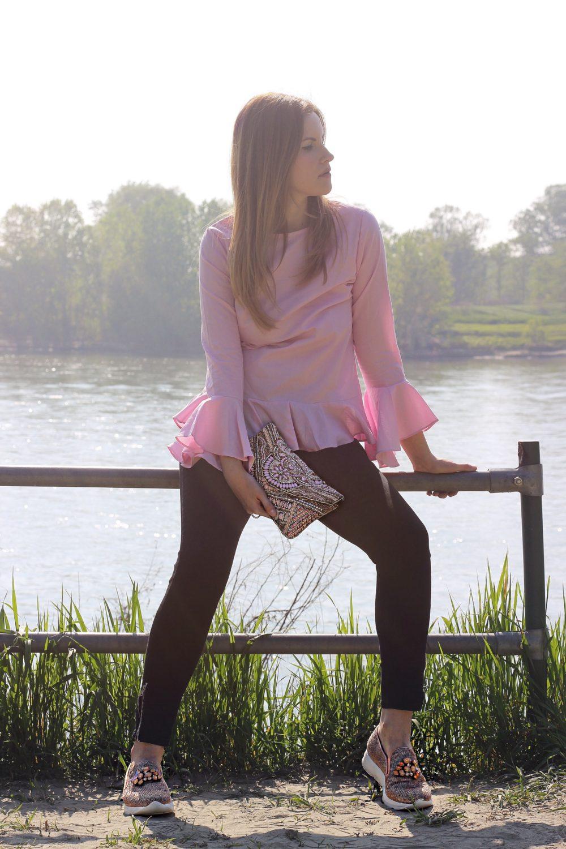 blusa manica volant rosa