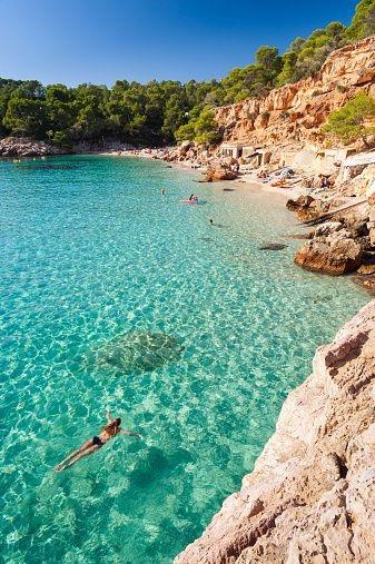 Ibiza mare vacanze estive 2017