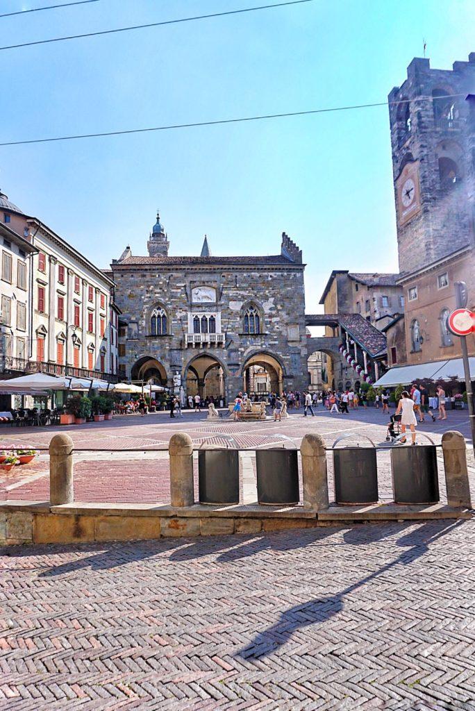Bergamo_piazza_principale