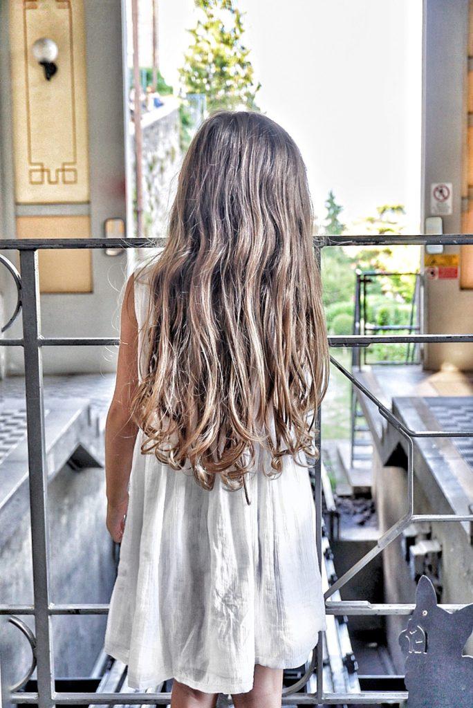 Gaia_masseroni_capelli_lunghi