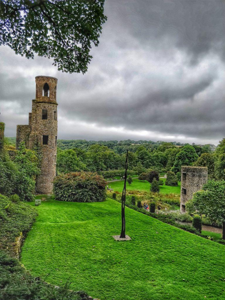 giardino e torre castello blarney