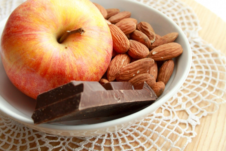 mele-mandorle-cioccolato