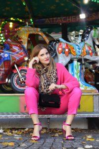 total_pink_look