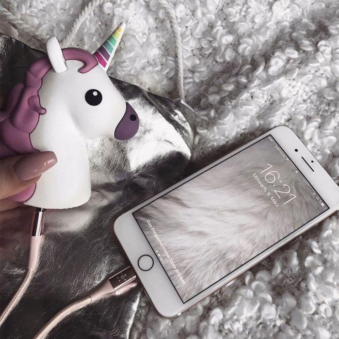 caricatore_unicorno_iphone