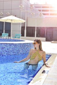 premier_inn_abudabi_piscina