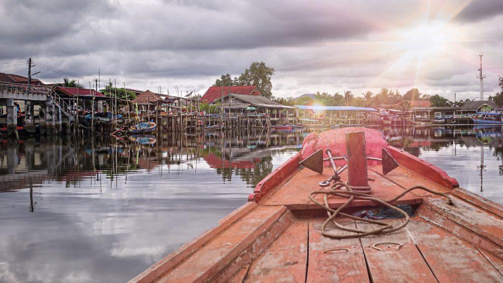 trat_noleggiare_barca_thailandia