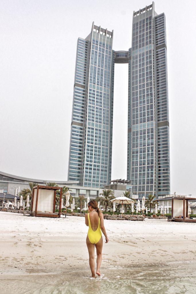 corniche_beach_st_regis_abudhabi