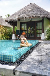 pool_villa_maldives