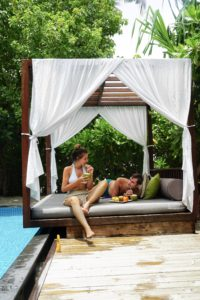 pool_villa_sand