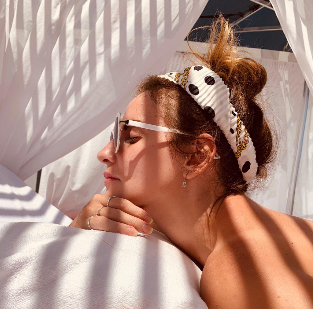 relax_balinese_bed_ibiza