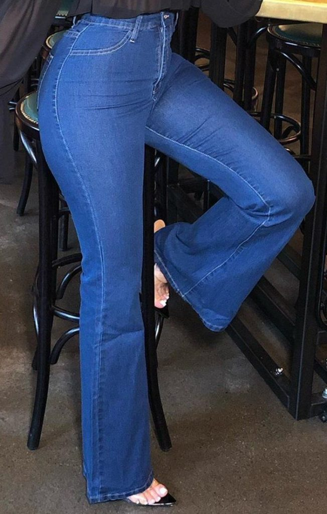 mid-wash-denim-flared-jeans-genesis-732788_1920x
