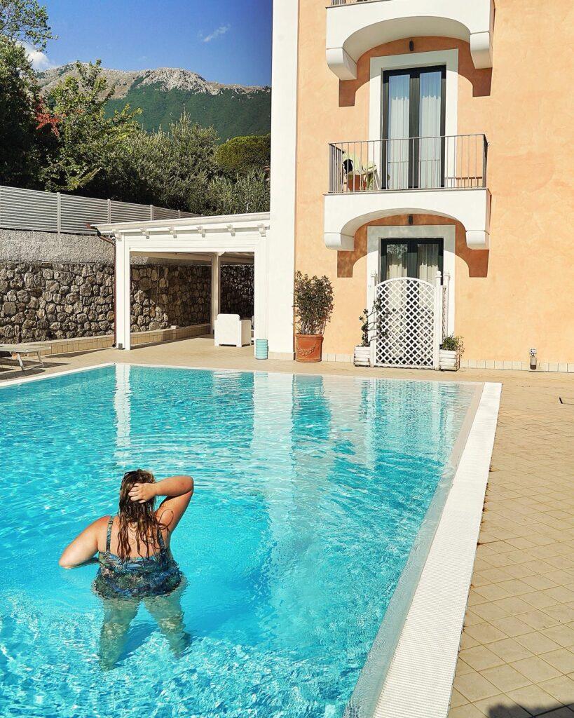 michela_sciorio_piscina_hotel-murmann