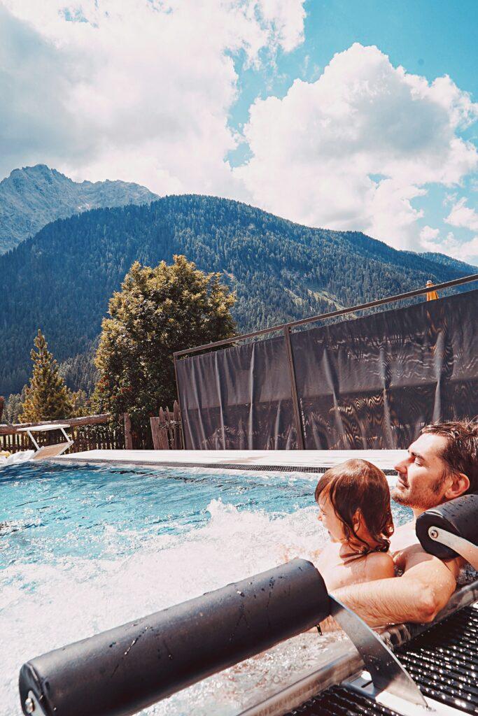 family_hotel-rainer_piscina