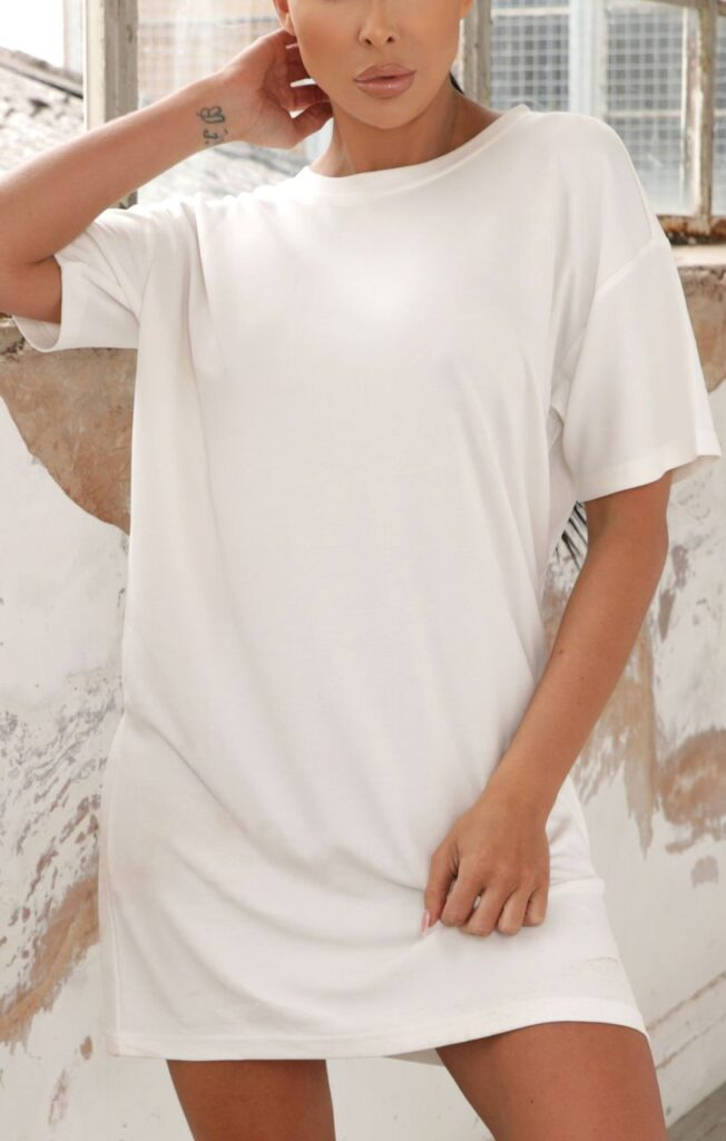cream-oversized-t-shirt-dress-daisy-779796__59604-1597591651