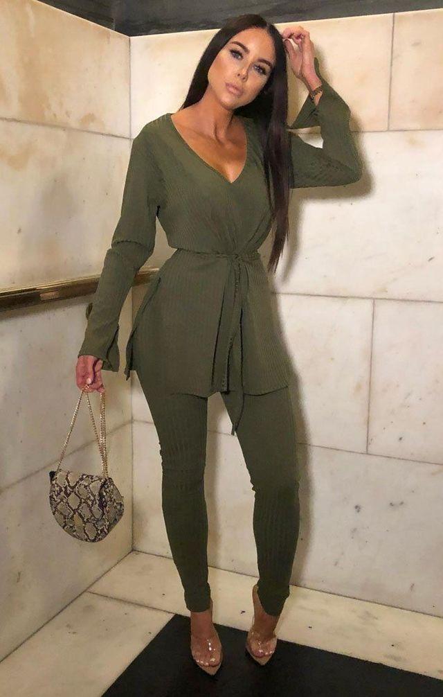 khaki_ribbed_belted_loungewear_set_-asia__25334-1603704291