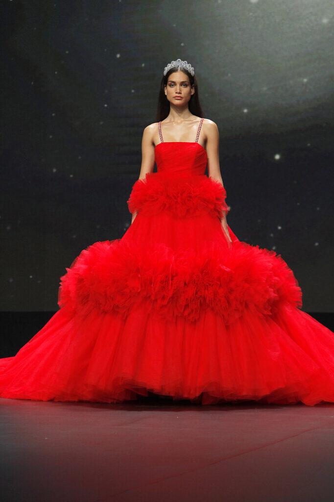 red_wedding_dress
