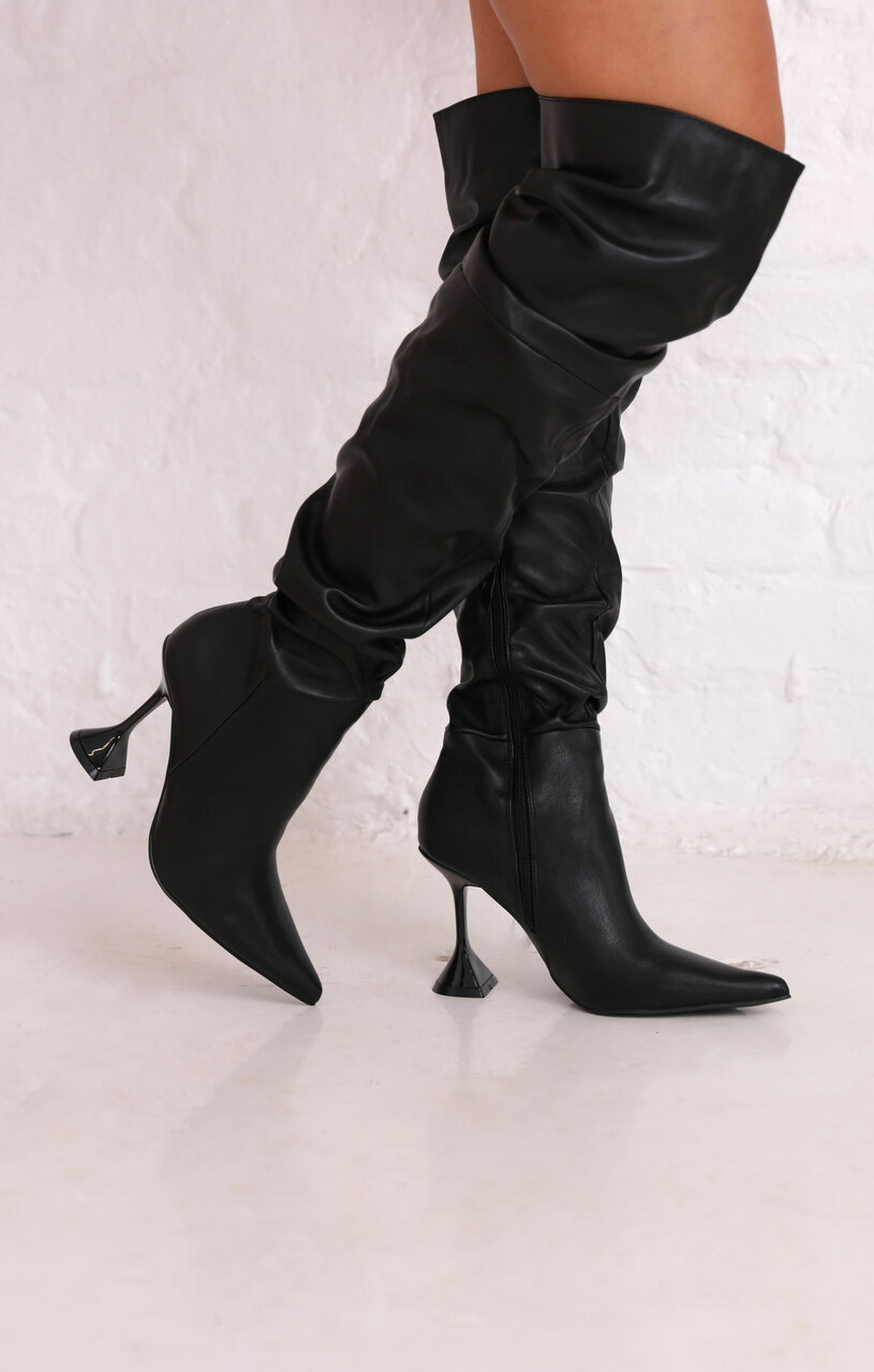 black-thigh-high-boots2__26161-1607610228
