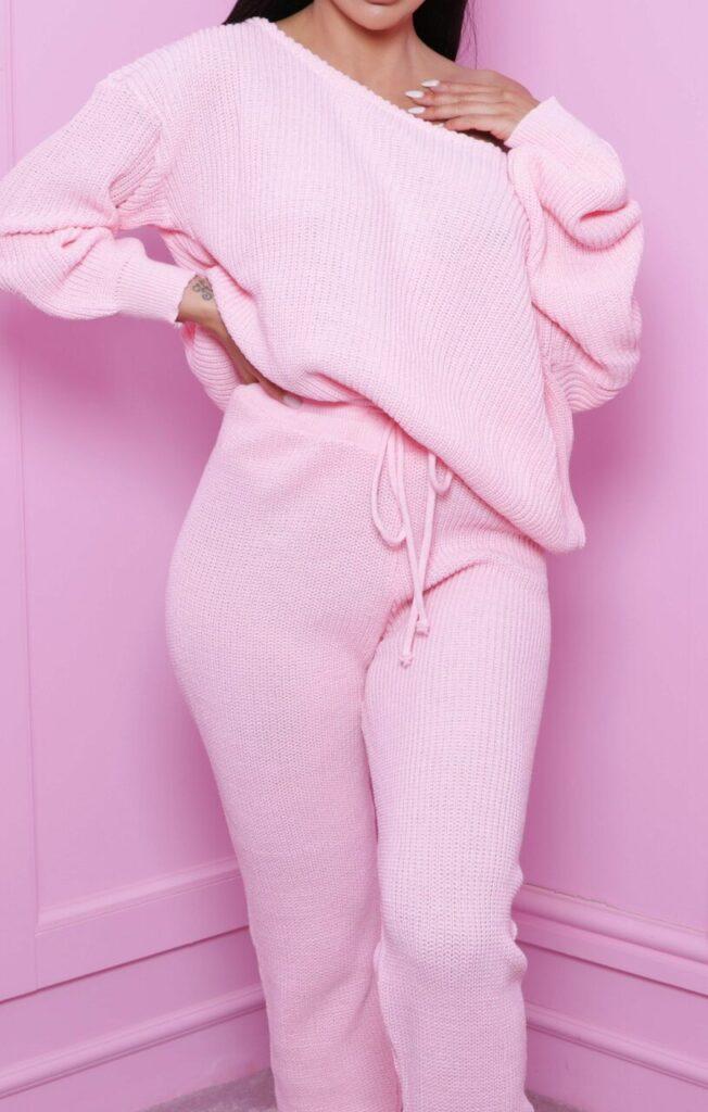 pink-off-the-shoulder-knitted-loungewear-set-alisa-239920__75928-1597585468