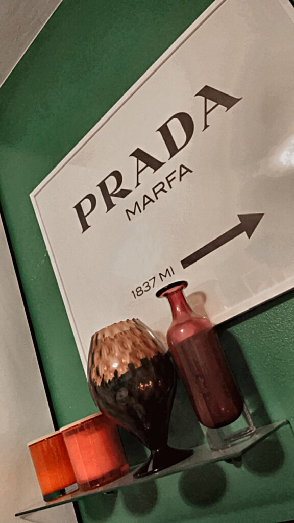 prada_quadro_desenio